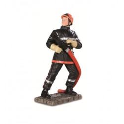 Jeune sapeur pompier avec...